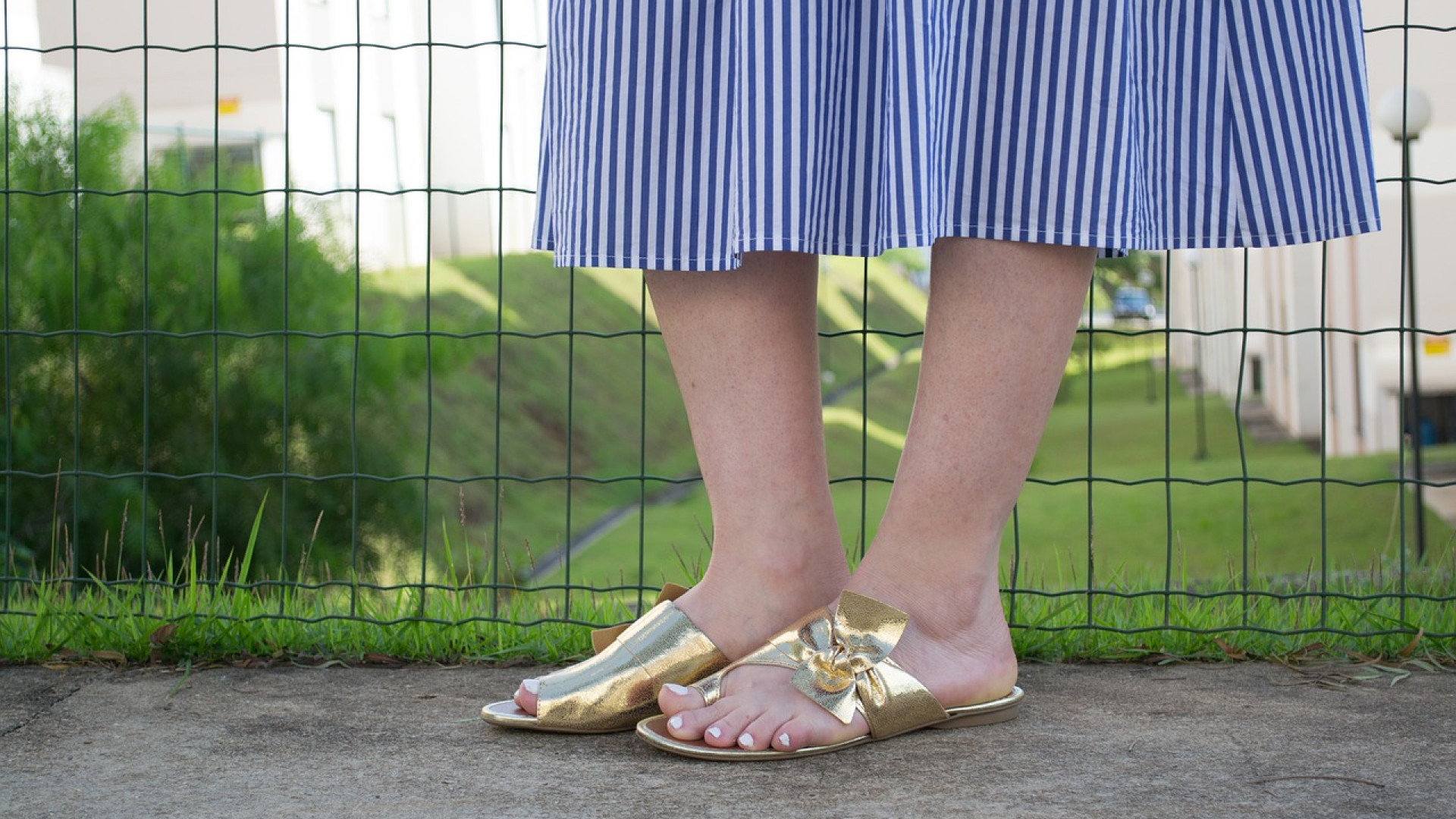 Women's mules, the mule shoe to stay chic