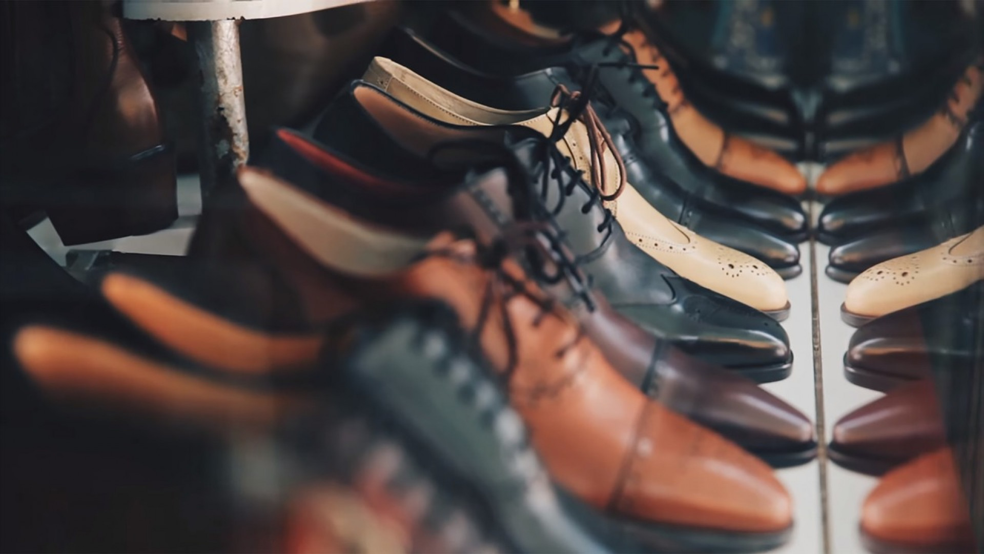 Where to find men's shoes in large size?