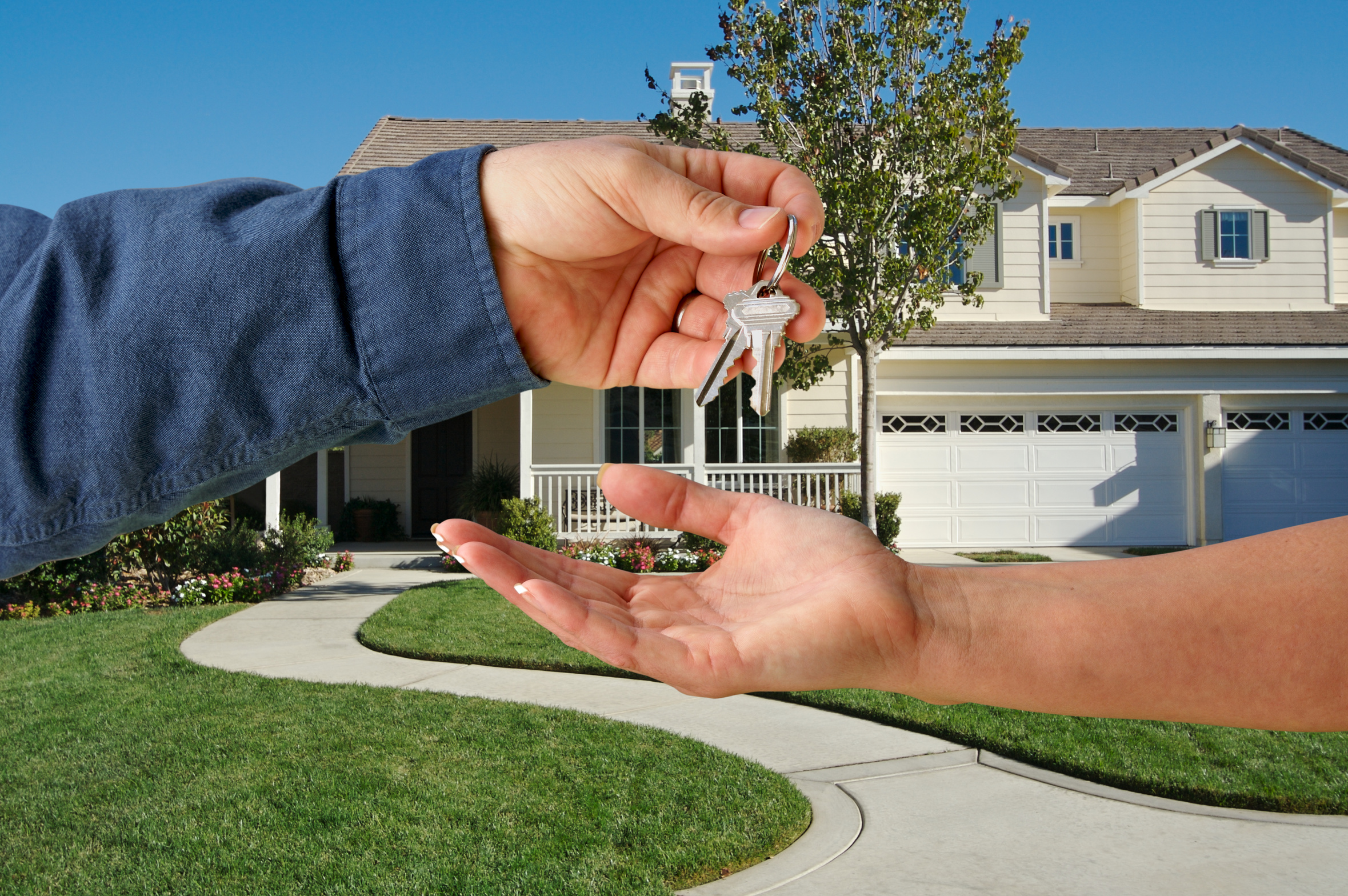 What are the stages of a real estate sale?